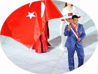 Akdeniz Oyunları'nda kafile önderi olan milli güreşçi Rıza Kayaalp FILA'dan ırkçılık cezası aldı