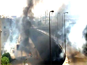 Kahire'nin merkezinde silah sesleri duyuluyor