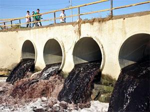 Ergene nehrine dökülen atık su