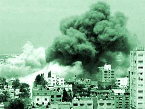 İsrail Gazze'yi bombaladı